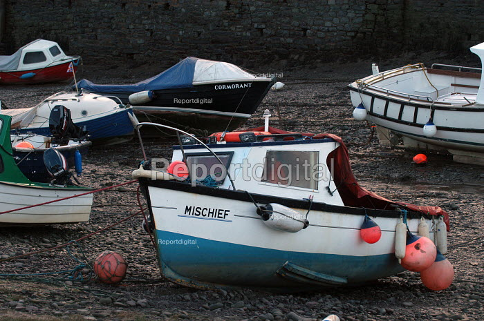 Boats in the harbour at Porlock Weir Somerset - Paul Box - 2004-01-10