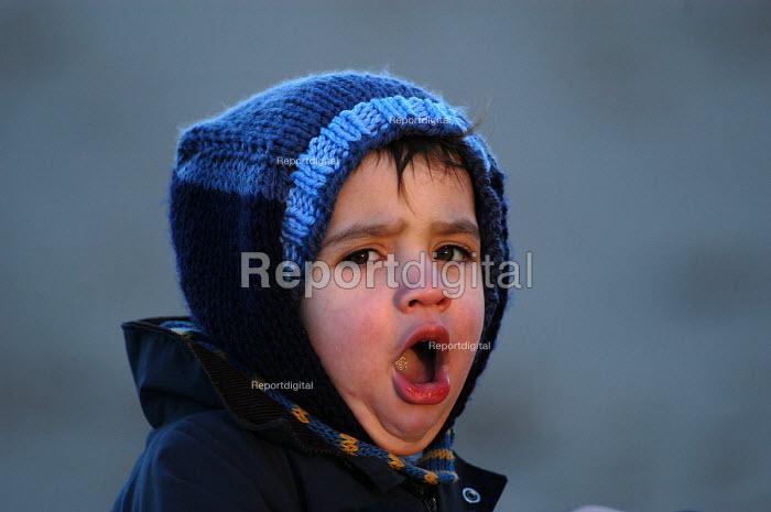 A young boy yawns - Paul Box - 2004-02-01