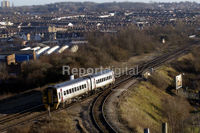 A local passenger train Bristol - Paul Box - 2004-01-20