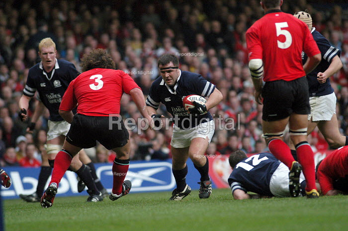 Wales against Scotland in the 5 nations rugby union tournament at the Millennium Stadium Cardiff, Wales - Paul Box - 2004-02-14