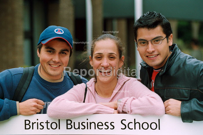 Mexican students pictured with their books at University of the West of England, Bristol. - Paul Box - 2004-02-02