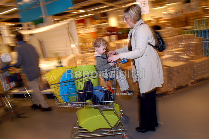 Ikea home furnishing store , customers shopping for home improvements. A mother and daughter shop together - Paul Box - 2004-05-05