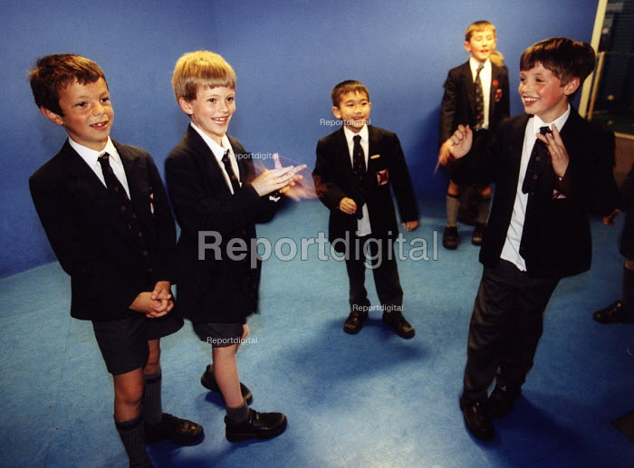 School pupils at science challenge in Bristol. At the @ Bristol hands on science centre - Paul Box - 2004-07-10