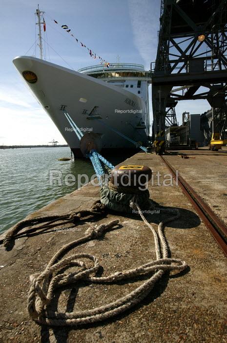 The Aurora cruise ship, a P&O cruise ship. - Paul Box - 2004-06-02