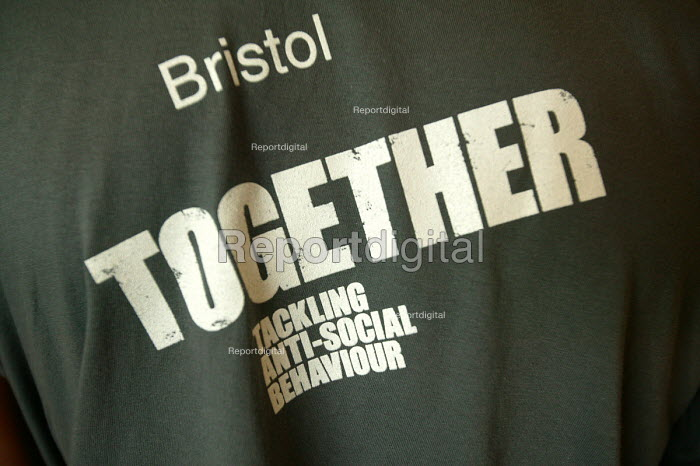 Bristol tackling crime together at the launch of the ASBO scheme, Bristol - Paul Box - 2004-07-05
