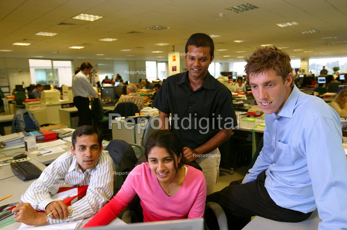 Axa Sun Life, employees from an Indian call centre come over to receive and help in training in the uk. - Paul Box - 2004-07-12