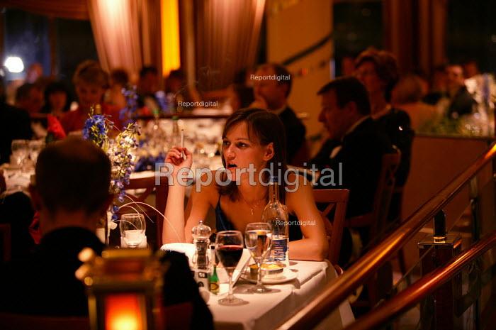 The Aurora cruise ship, a P&O cruise ship. Guests enjoy the evening meal. - Paul Box - 2004-06-02