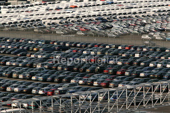 Southhampton docks, cars. - Paul Box - 2004-06-02