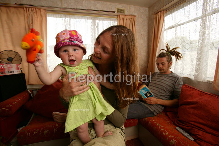 A couple who have moved into a caravan park to save to try and buy a house , Clevedon. - Paul Box - 2004-06-02