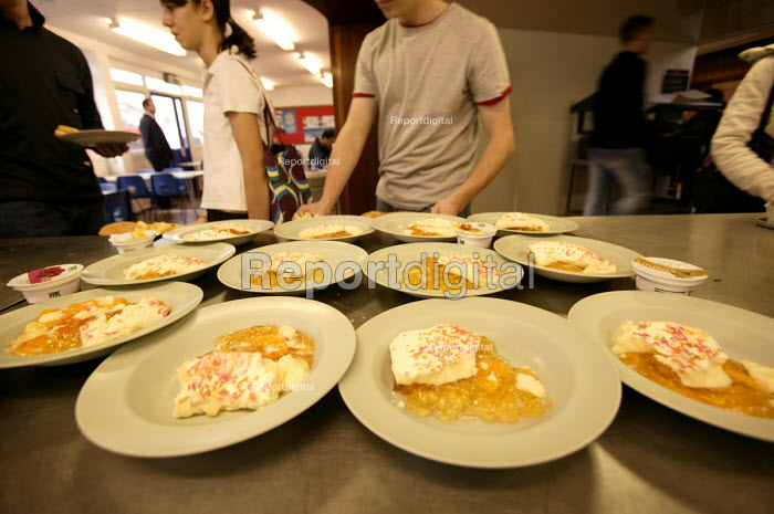 Trifle at a secondary school in the west country. - Paul Box - 2005-04-10