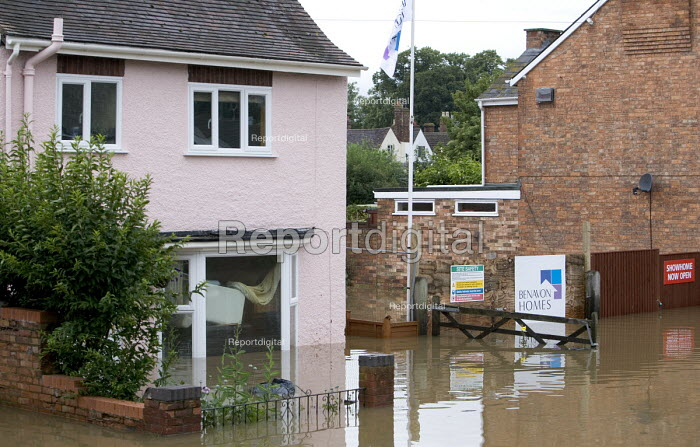 New build property is flooded in Evesham, Warwickshire... - Paul Box, PB707076.jpg