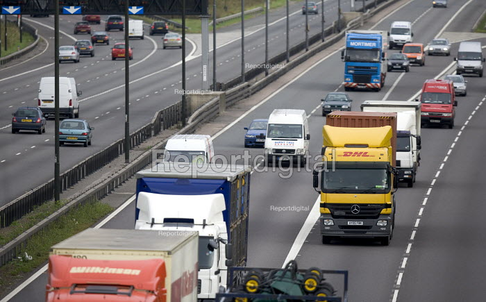 DHL parcel delivery lorry, M4 motorway, Bristol. - Paul Box, PB708038.jpg