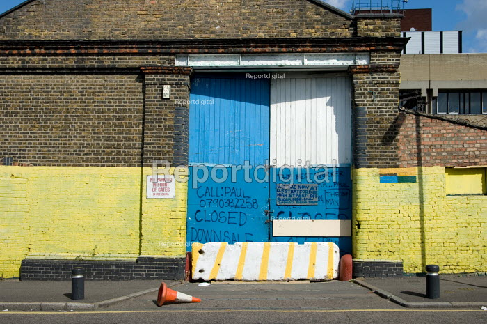 Closed business adjacent to the site of the London 2012... - Philip Wolmuth, pw070908.jpg