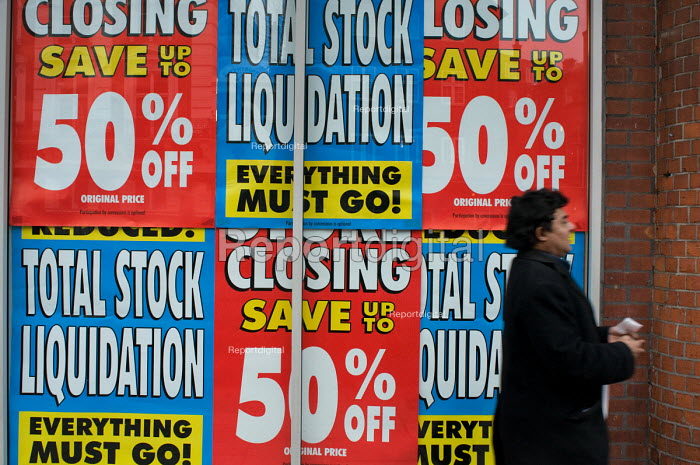Store Closing and Total Stock Liquidation signs in the... - Philip Wolmuth, pw081221.jpg