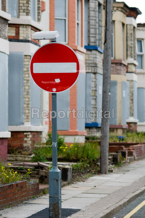 Houses in Anfield, around Liverpool football stadium... - Philip Wolmuth, pw090658.jpg
