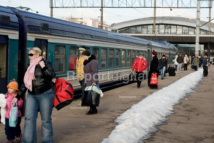 Tallinn railway station, Estonian railways were... - Philip Wolmuth, pw0909085.jpg