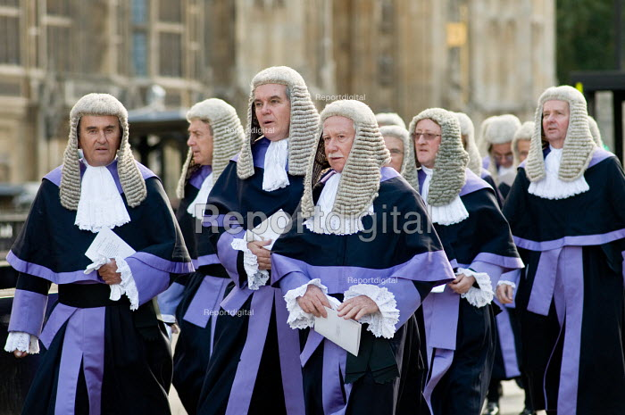 Judges walk to the Houses of Parliament following the... - Philip Wolmuth, pw091023.jpg