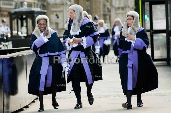 Judges walk to the Houses of Parliament following the... - Philip Wolmuth, pw091024.jpg