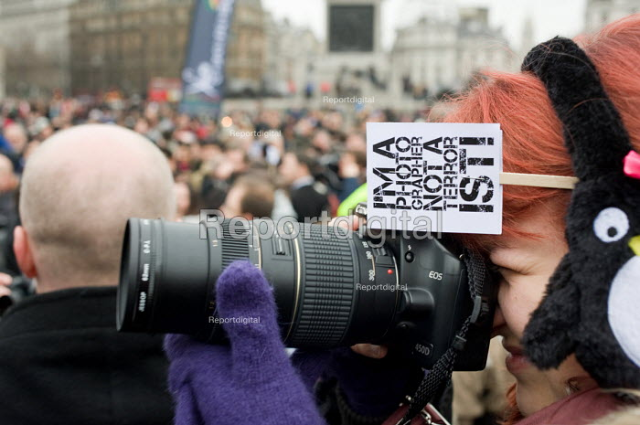 I'm a Photographer Not a Terrorist protest in Trafalgar Square against the arbitary use of the terrorism laws to stop and search photographers. - Philip Wolmuth - 2010-01-23