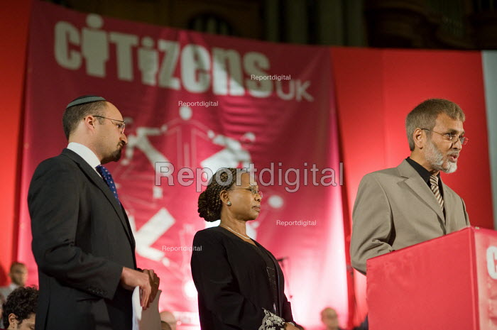 Citizens UK General Election Assembly, Central Hall, Westminster, London. - Philip Wolmuth - 2010-05-03