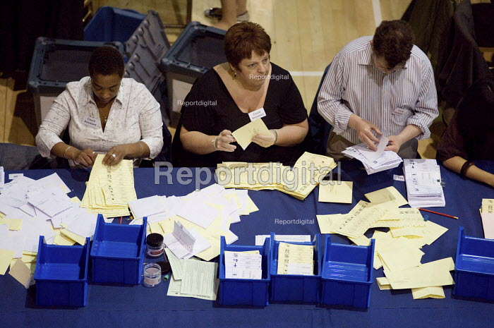 Separating ballots for the Westminster City Council local government election and the Westminster South constituency in the 2010 General Election. - Philip Wolmuth - 2010-05-07