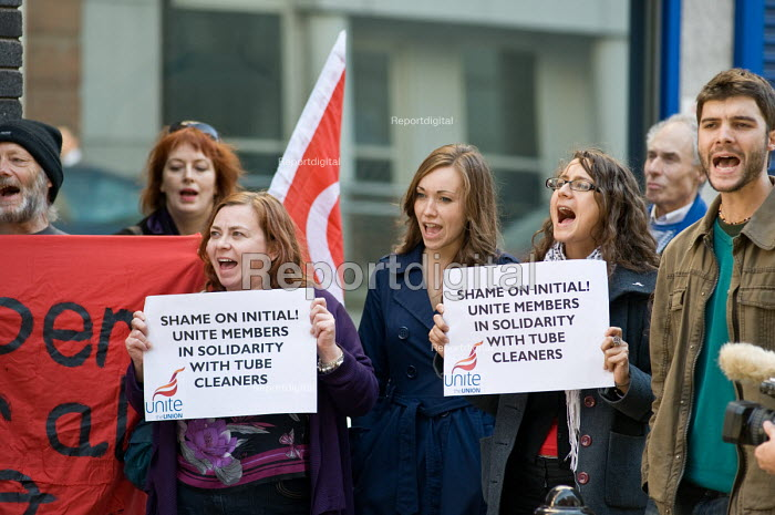 Unite members join an RMT RMT protest at London HQ of Initial Rentokil over exploitation of tube cleaners and misuse of immigration authorities to intimidate contract workers. - Philip Wolmuth - 2010-10-11