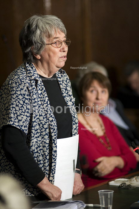 Dot Gibson, National Pensioners Convention, Public meeting called by Keep Our NHS Public to discuss action against the coalition government's NHS White Paper, Camden Town Hall, London. - Philip Wolmuth - 2010-11-15