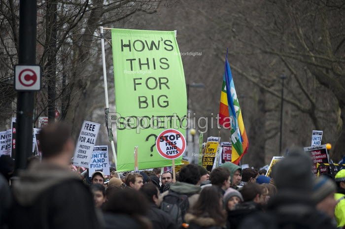 Students demonstrate in London against tuition fees and cuts in Educational Maintenance Allowance. - Philip Wolmuth - 2011-01-29