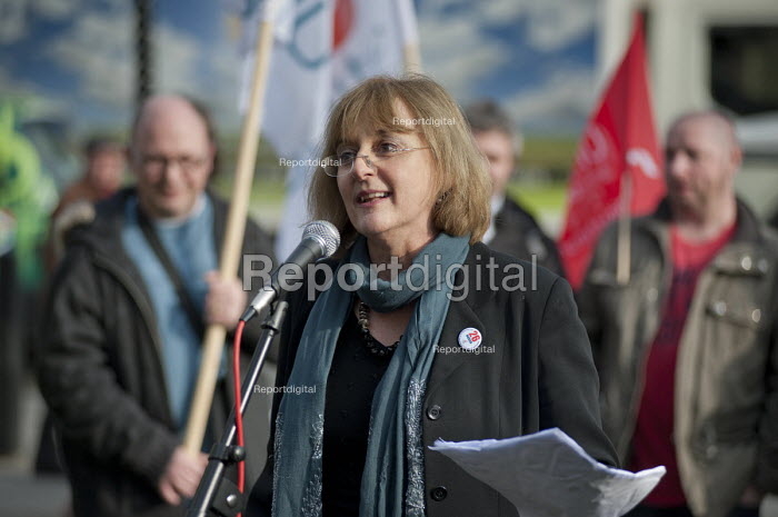 Diana Holland, Unite, speaking at a joint union lobby of Parliament over the Public Bodies Bill, Westminster, London. - Philip Wolmuth - 2011-02-09
