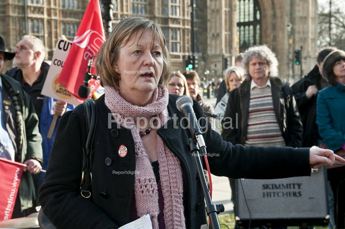 Sue Bond, PCS Vice-President, speaking at a joint union lobby of Parliament over the Public Bodies Bill, Westminster, London. - Philip Wolmuth - 2011-02-09