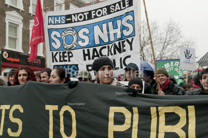 Hackney Alliance to Defend Public Services march against Hackney Council cuts. - Philip Wolmuth - 2011-02-19
