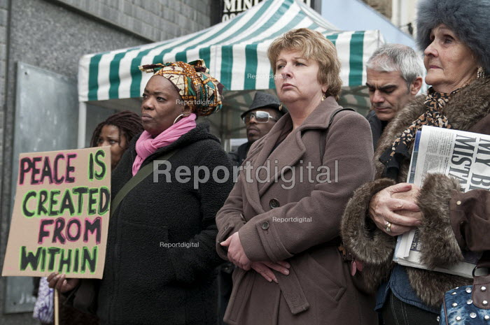 Labour Karen Buck MP, Community Rally organised by the Tell It Parents' Action Group to launch a campaign aimed at addressing the problem of gang violence in North Westminster. - Philip Wolmuth - 2011-03-05