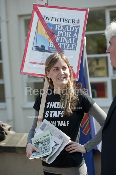 Journalists on the picket line on the first day of a planned two-week strike over job cuts by staff at North London & Herts Newspapers, a subsidiary of Tindle Newspapers Ltd.. - Philip Wolmuth - 2011-04-19