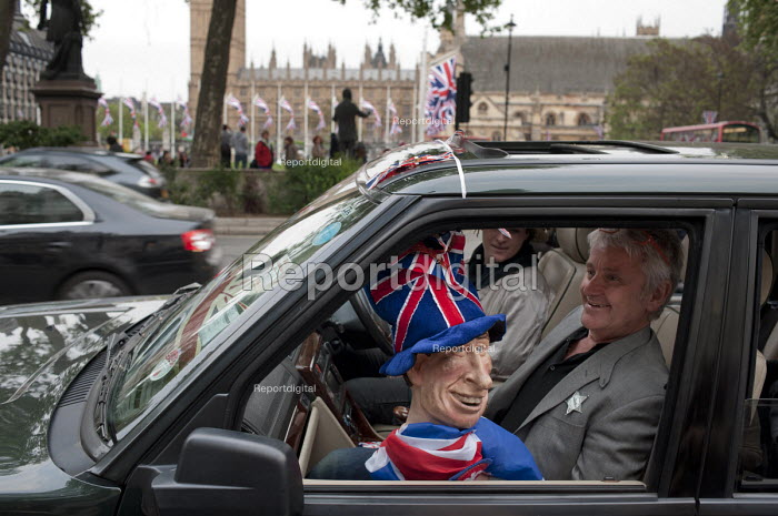 A Prince Charles puppet outside Westminster Abbey on the eve of the Royal Wedding. - Philip Wolmuth - 2011-04-28