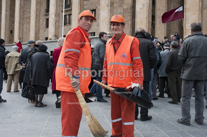 Municipal street cleaners sweeping the streets, Georgia. - Philip Wolmuth - 2011-04-09