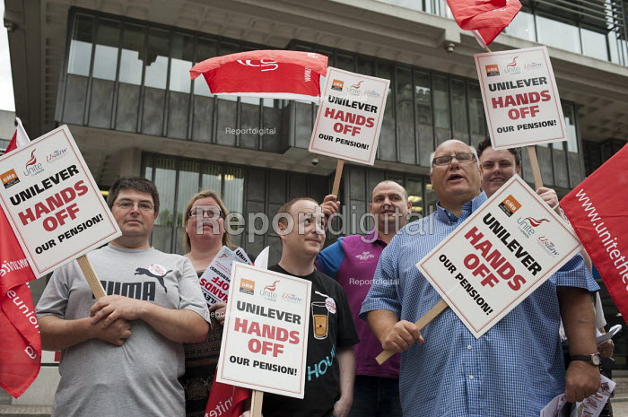 Members of Unite and GMB protest outside the Unilever AGM over the company's plan to end its final salary pension scheme for existing employees. Westminster, London. - Philip Wolmuth - 2011-05-11