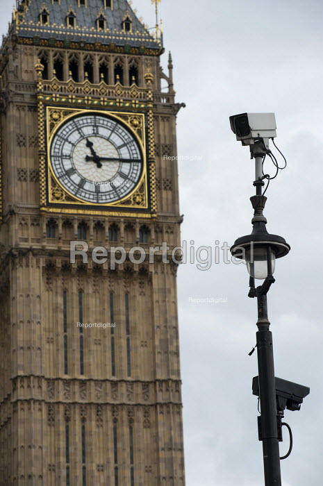 CCTV camera in Parliament Square. - Philip Wolmuth - 2011-05-11