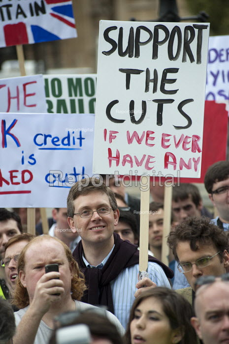 Support the Cuts. The Taxpayers Alliance Rally against Debt, Westminster. - Philip Wolmuth - 2011-05-14