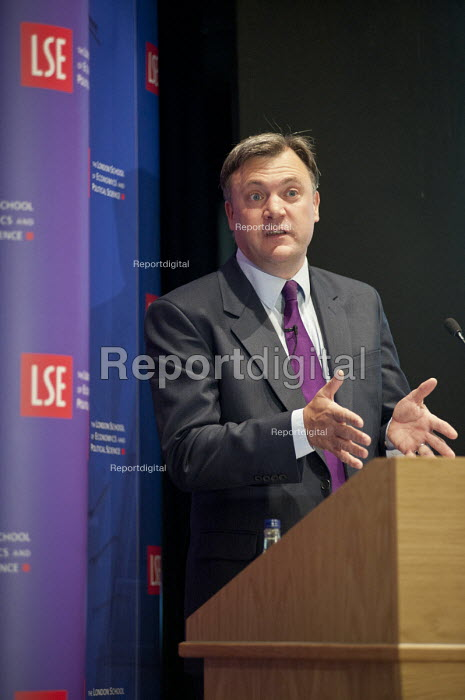 Ed Balls MP makes a keynote speech at the London School of Economics - Philip Wolmuth - 2011-06-16