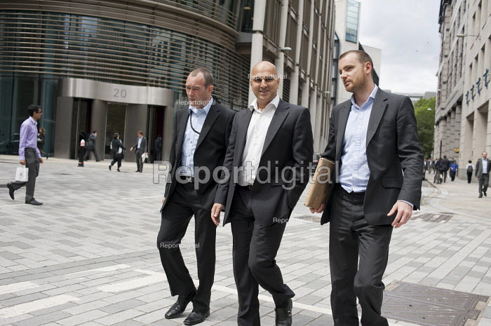 Finance workers, City of London. - Philip Wolmuth - 2011-06-21