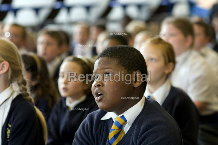 Years 5 & 6 choir practice, St Mary and St Michael Primary School, Stepney, Tower Hamlets, London - Philip Wolmuth - 2008-09-30