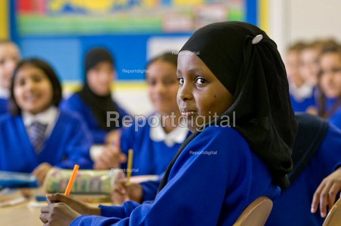Pupils in the classroom, Glebe First and Middle School, Harrow - Philip Wolmuth - 2009-11-05