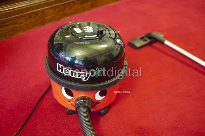 Vacuum cleaner used on an early morning cleaning shift at Islington Town Hall. - Philip Wolmuth - 2011-06-02