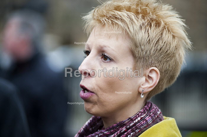 Deb Hazeldine, member of patient campaign group Cure The NHS, outside the launch of the Mid-Staffordshire NHS Foundation Trust Public Inquiry Report by Robert Francis QC. Westminster, London. - Philip Wolmuth - 2013-02-06