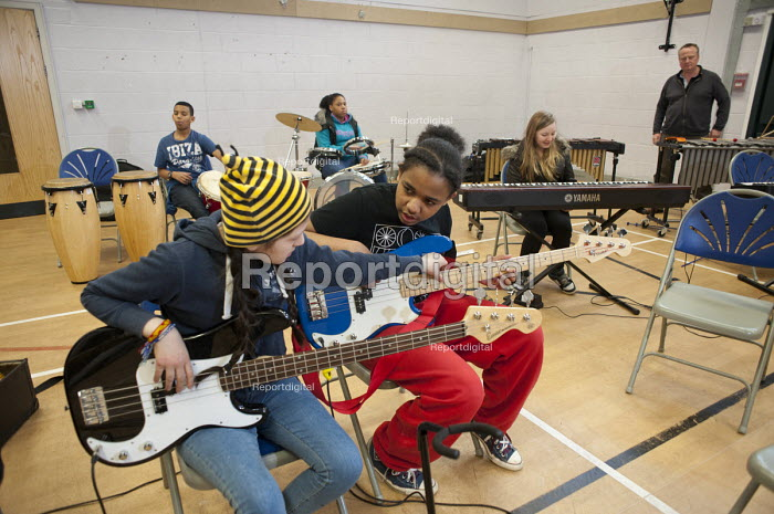 Half-term community music project at the Stowe Youth Club, part of the Royal Philharmonic Orchestra's Resound outreach programme, in partnership with the Paddington Development Trust. - Philip Wolmuth - 2013-02-21
