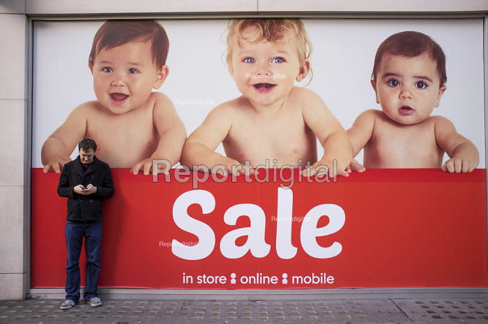 January sales, Mothercare, Oxford Street, London. - Philip Wolmuth - 2014-01-02