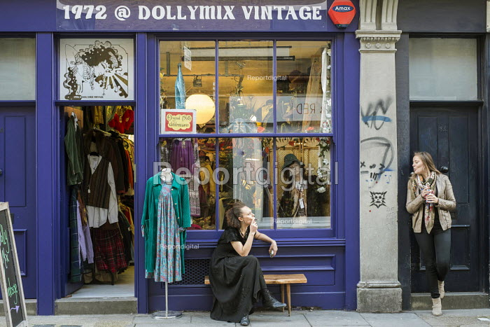 Dollymix Vintage clothing shop in Cheshire Street, Shoreditch, an area undergoing rapid gentrification, London - Philip Wolmuth - 2014-10-10