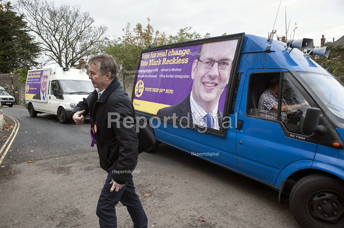 UKIP campaign in Rochester for ex-Conservative MP Mark Reckless before the Rochester and Strood by-election. - Philip Wolmuth - 2014-11-08