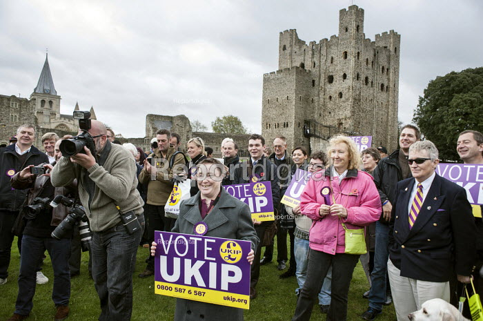 Ex-Conservative MP Mark Reckless the UKIP candidate campaign in Rochester before the Rochester and Strood by-election. - Philip Wolmuth - 2014-11-08