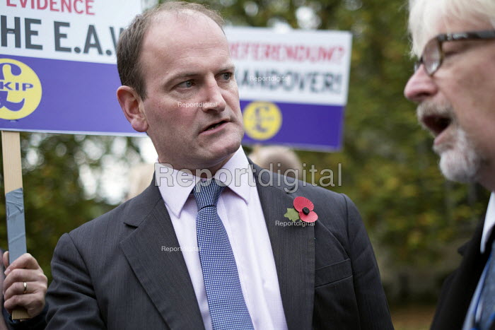 Douglas Carswell MP. UKIP lobby of Parliament against the handover of legal powers, including the European Arrest Warrant, to the EU. Old Palace Yard, Westminster, London. - Philip Wolmuth - 2014-11-10